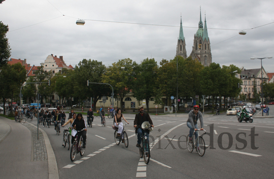 Fahrrad-Demo: Bavariaring/Theresienhöhe